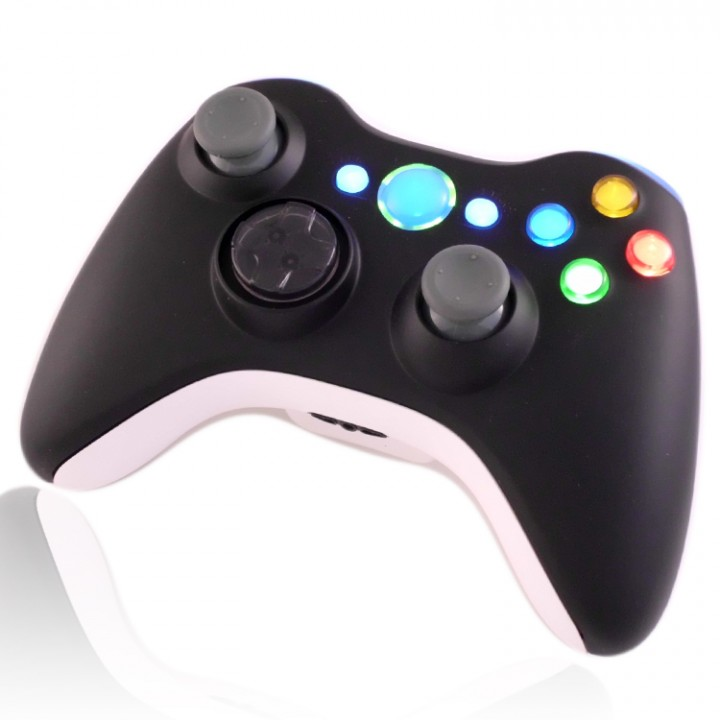XCM Black White Controller