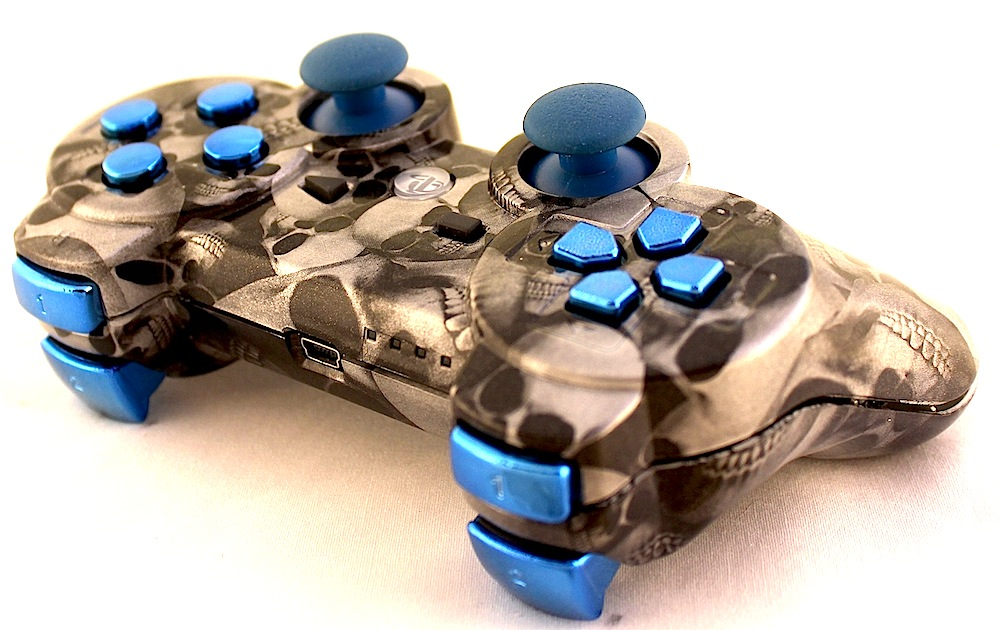 White Skull W:Chrome Blue